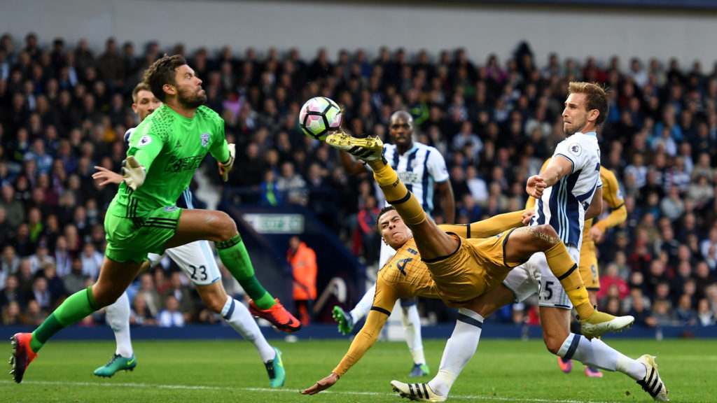 WEST BROMWICH, ENGLAND - OCTOBER 15: Dele Alli of Tottenham Hotspur (R) attempts to score past Ben Foster of West Bromwich Albion (L) but shot goes wide during the Premier League match between West Bromwich Albion and Tottenham Hotspur at The Hawthorns on October 15, 2016 in West Bromwich, England.  (Photo by Michael Regan/Getty Images)