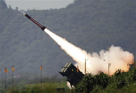 A U.S.-made Patriot surface-to-air missile is launched during a military exercise in Ilan county, in this July 20, 2006 file photo.   REUTERS/Richard Chung/Files