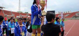 ក្រុមបាល់ទាត់នារីខ្សោយសតិបញ្ញាខេត្តបាត់ដំបងឈ្នះពានរង្វាន់ 6th Special Olympics Southeast Asia Unified 5 a-side Football Tournament