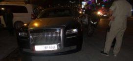 ចោរប្លន់ជនជាតិចិនមួយក្រុម ជិះឡានទំនើប Rolls Royce ស្លាកលេខ 6666 ប្លន់អ្នករត់តាក់ស៊ី