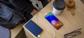 Mophie បានបង្ហោះ iPhone battery packs ដែលសាកដោយខ្សែភ្លើង