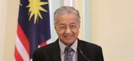 ព្រះមហាក្សត្រម៉ាឡេស៊ីត្រាស់បង្គាប់ឲ្យលោក Mahathir ធ្វើជានាយករដ្ឋមន្ត្រីបណ្តោះអាសន្ន