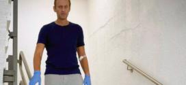 ទីបំផុត! មេដឹកនាំប្រឆាំងរុស្ស៊ី Navalny ត្រូវបានអនុញ្ញាតឲ្យចេញពីមន្ទីរពេទ្យក្រុងបែរឡាំង ក្រោយជំងឺធូរសះស្បើយច្រើន