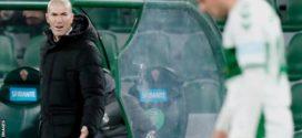 គ្រូបង្វឹកក្លិប Real Madrid លោក Zinedine Zidane ធ្វើតេស្តវិជ្ជមាន Covid-19 មុនពេលប្រកួតជាមួយក្រុម Alaves